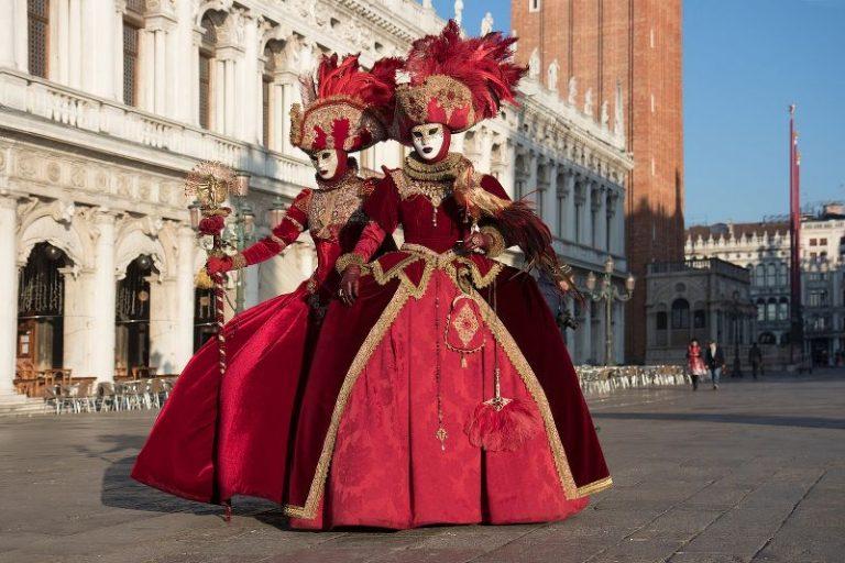 Viaggio nella Storia del carnevale italiano